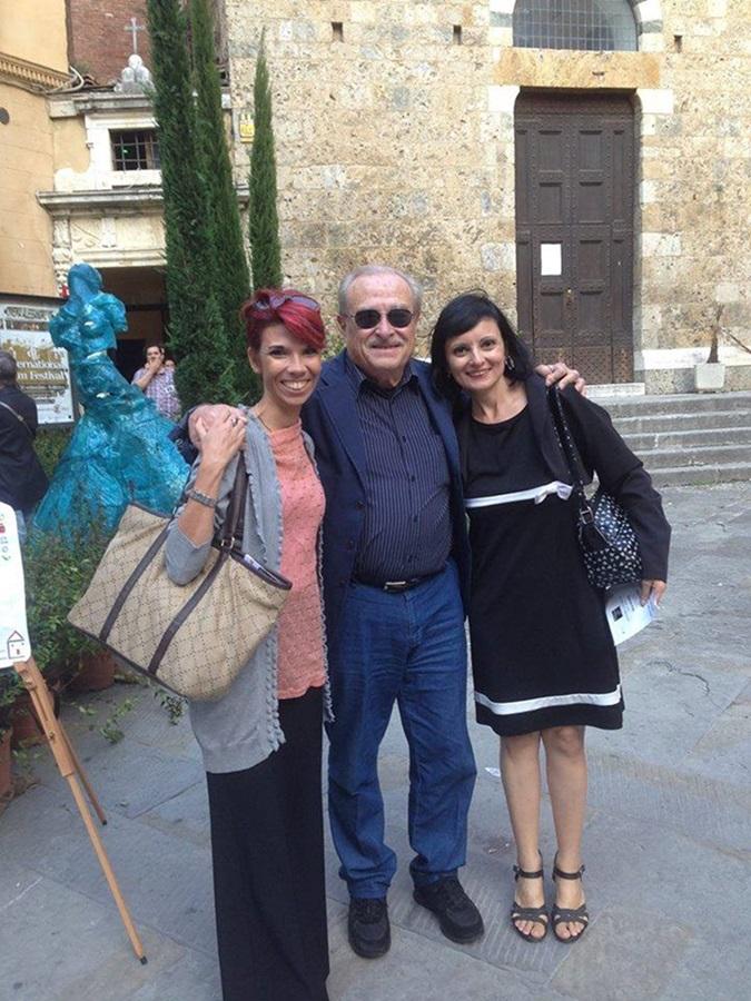 Chiara Ricci con il giornalista Giancarlo Governi e Angela Cristofaro della AG Book Publishing