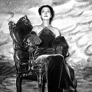 """Lilla Brignone in """"Alcesti di Samuele"""" di Alberto Savinio, regia di Giorgio Strehler (1950)"""