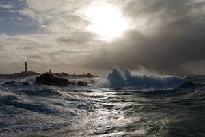 Il faro di Créac'h durante la tempesta di Fionn (Per gentile concessione di Jean Guichard)