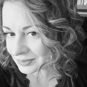 La scrittrice Lisa Di Giovanni