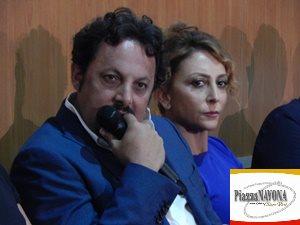 """Enrico Brignano e Paola Minaccioni alla conferenza stampa del film """"Tutta un'altra vita"""" di Alessandro Pondi (Ph. Chiara Ricci)"""