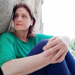 La scrittrice Anna Leo