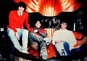 """""""Diego Maradona"""" con una parte della famiglia Giuliano"""