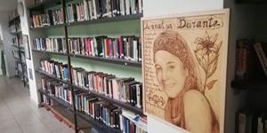 "La Biblioteca ""Annalisa Durante"""