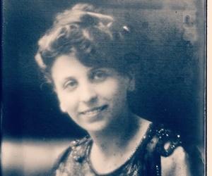 Elisa Comani, il primo avvocato donna iscritta regolarmente all'Albo